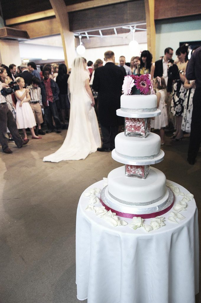 Cake-on-stand